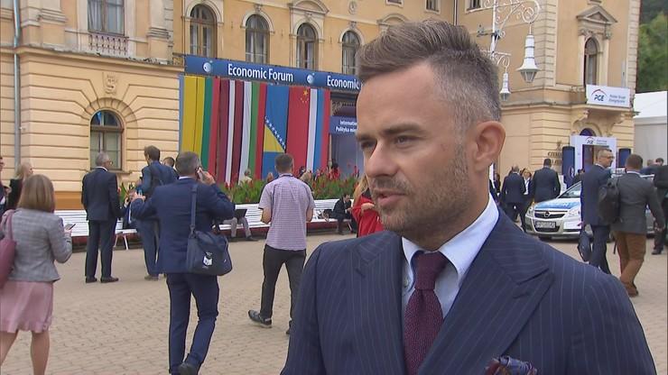 """""""Gdy mieliśmy w partii kryzys i wszystko płonęło, Kaczyński siedział i czytał sobie gazetę"""""""
