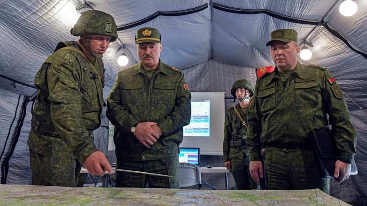 """Pełna gotowość bojowa białoruskiej armii. """"Siły NATO mogą zaatakować od strony Polski"""""""