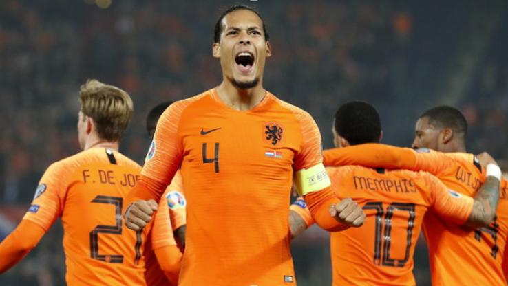 El. Euro 2020: Van Dijk opuścił zgrupowanie Holandii z powodów osobistych