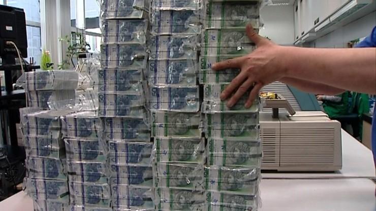 """""""Wakacje kredytowe"""". Banki reagują na epidemię koronawirusa"""