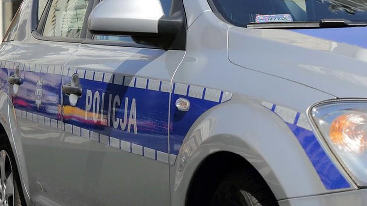Odnalazło się auto ukradzione przez praktykanta kurierowi. Policja ustaliła, co z przesyłkami