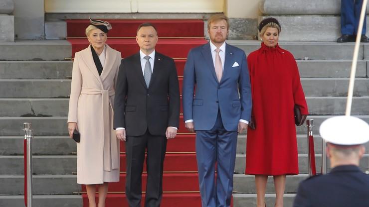 """""""Dziś Breda okazuje szacunek"""". Prezydent Duda i król Wilhelm Aleksander oddali hołd gen. Maczkowi"""