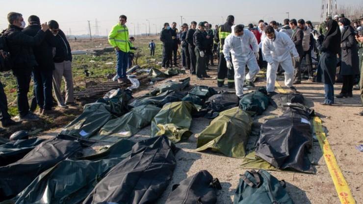 """Zamiast sprzątać po katastrofie boeinga, """"irańskie służby okradały ciała"""""""