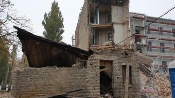 Łódź: runęła kamienica. Chwilę wcześniej na rusztowaniach pracowali ludzie