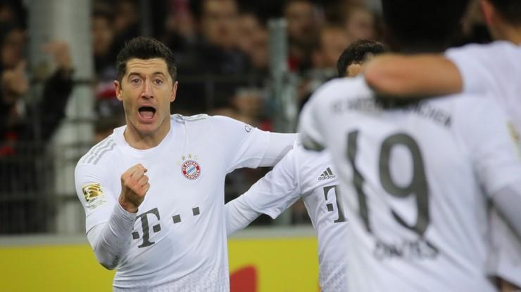 Lewandowski strzelił i wyprzedził Heynckesa. Bayern Monachium wygrał rzutem na taśmę