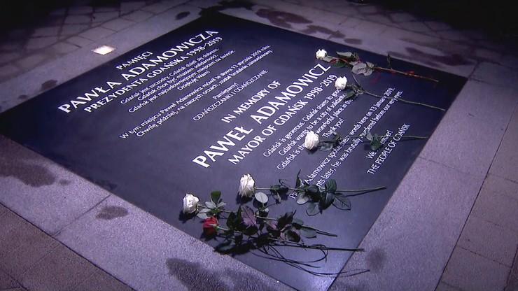 """Gdańsk oddał hołd Adamowiczowi. """"Wszyscy czekamy na prawdę o tamtych dniach"""""""