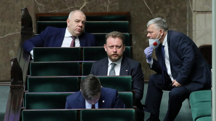 Minister zdrowia przyszedł do Sejmu bez maski. Wyjaśnił dlaczego