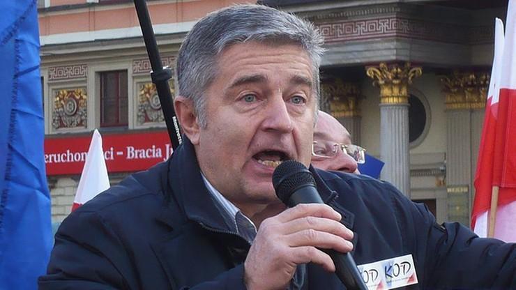 """Sprawa Frasyniuka umorzona. Naruszenie nietykalności policjantów """"usprawiedliwione okolicznościami"""""""