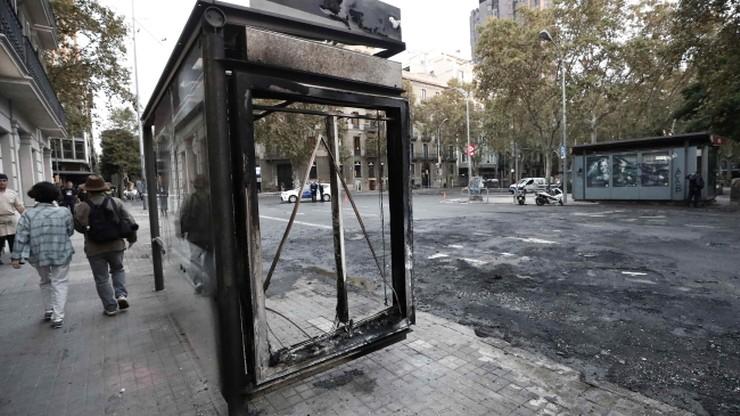 Straty liczone w milionach. Władze Barcelony podsumowały zamieszki