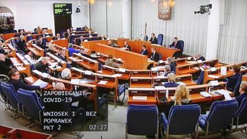 """Senat przyjął """"tarczę antykryzysową"""". Zawiesza pobór podatków od przedsiębiorców"""