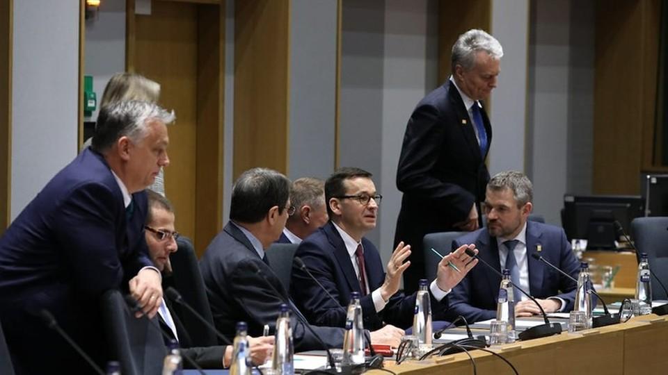 Szczyt Unii Europejskiej nie przyniósł kompromisu w sprawie długoletniego budżetu