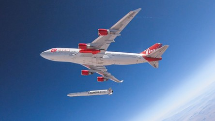 Nie do końca udany test odpalenia rakiety LauncherOne z Boeinga 747 [FILM]