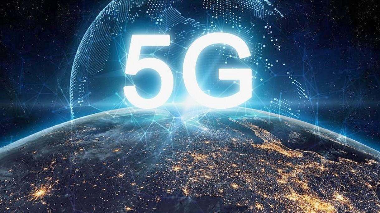 W Chinach działa już 600 tysięcy stacji bazowych sieci 5G, które łączą 150 milionów ludzi