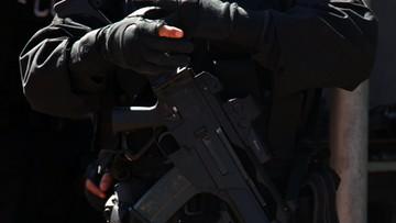 Zatrzymanie jednego z przywódców ISIS. Nie zmieścił się do radiowozu [ZDJĘCIA Z AKCJI]