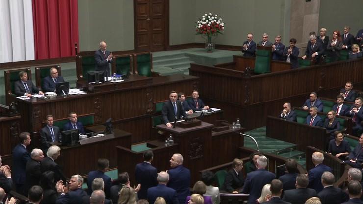 Nietypowa sytuacja w Sejmie. Prezydent wrócił na mównicę