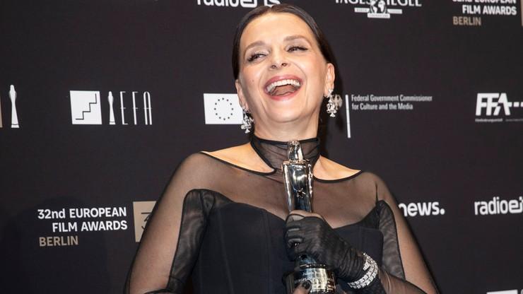 Wyróżnienie honorowe za dotychczasowe dokonania otrzymali niemiecki reżyser Werner Herzog i francuska aktorka Juliette Binoche.