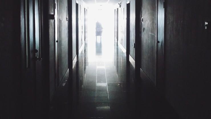 Samobójstwa pacjentów z Covid-19. Z okna wyskoczyło dwóch mężczyzn