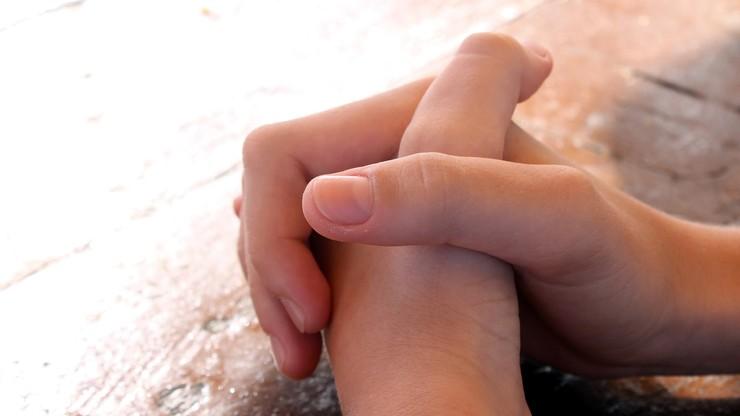 """""""Rodzice wyrządzają dzieciom krzywdę nie posyłając ich na religię. To poważny grzech"""""""