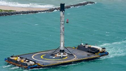 Pięć udanych startów i lądowań jednej rakiety od SpaceX. To jest dopiero wyczyn [FILM]