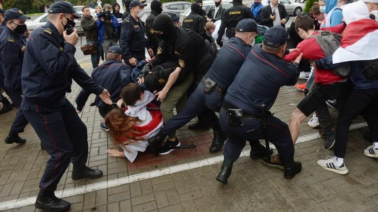"""Łukaszenka odwołał szefa KGB i szefa Rady Bezpieczeństwa. W tle sprawa aresztu dla """"wagnerowców"""""""