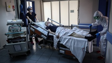 """Lekarze ostrzegają przed """"nowym kryzysem"""" po epidemii koronawirusa"""