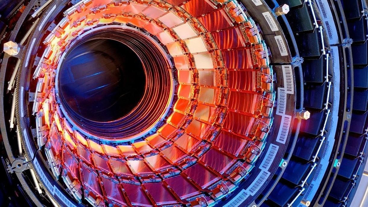 CERN jak ogromny statek wycieczkowy? Tak… pod względem emisji gazów