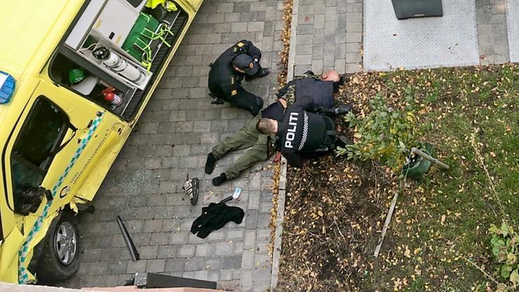 Oslo: uzbrojony mężczyzna ukradł karetkę i wjechał w przechodniów. Był powiązany ze skrajną prawicą