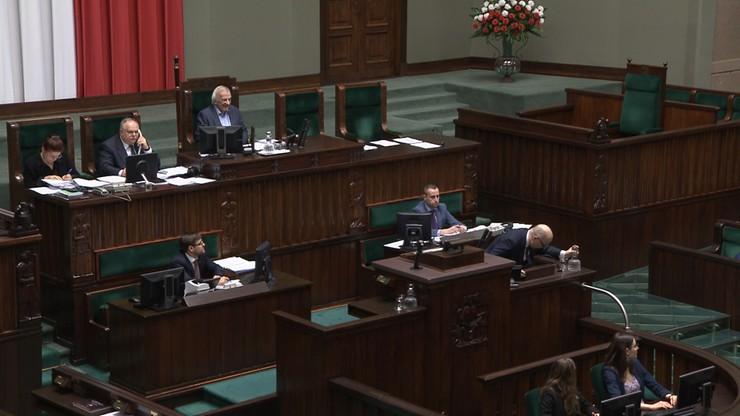 Poseł Kropiwnicki zasłabł na sejmowej mównicy