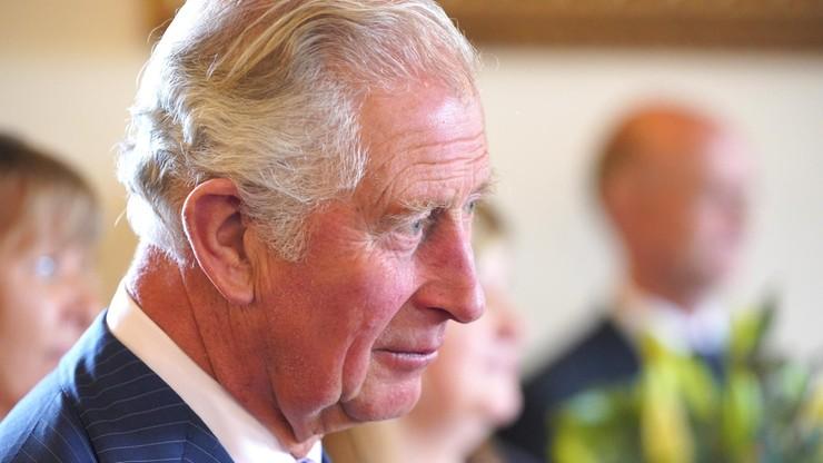 Podrobione obrazy wisiały w fundacji księcia Karola? Znany fałszerz zabrał głos
