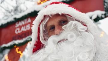 """Św. Mikołaj zaniepokojony pandemią. """"Nie odwołamy świąt"""""""