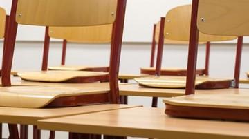 Rośnie liczba szkół w trybie zdalnym. MEN podało statystyki