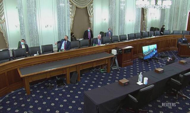 28.10.2020 Fragment wystąpienia szefa Facebooka Marka Zuckerberga przed komisją Senatu Stanów Zjednoczonych. Jednym z tematów była kwestia odpowiedzialności wielkich firm za treści zamieszczane przez użytkowników